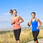 astuces pour perdre du poids : Faire exercices à deux