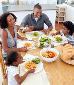 Comment prévenir l'obésité et le surpoids chez l'enfant ?