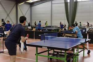 astuces pour perdre du poids : jouer au tennis de table
